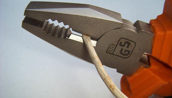 Alicates de mecánico de línea